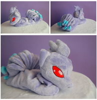 Shiny Ninetales beanie by FollyLolly