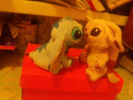 stuffed Angel and Stitch kissing by Stitchthebest36