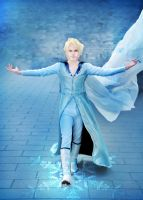 Elias (Elsa Male Version), Disney's Frozen by hakucosplay
