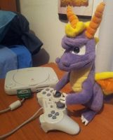 Spyro with HIS PlayStation by Woriorh