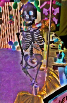 our luvly skeleton by Ma335ha