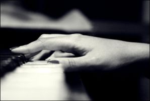 :: the pianist :: by lionyigit