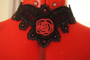 Rose Choker by MorbidPrincess122