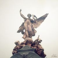 The Victoria Memorial by NNarcissus