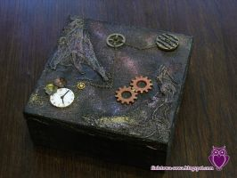 Steampunk chest by Shadowisper
