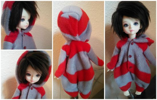 Red And Gray YoSD Kigurumi by Dolly-Lover