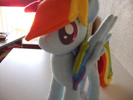 Rainbow Dash by RazielleDbx