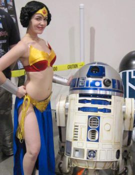 Wonder Leia with R2 v 2.0 by Hakuchan