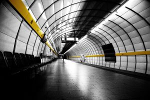 yellow line by maKus-style