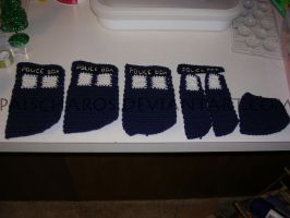 Crocheted TARDIS - WIP 2 by PaisCharos