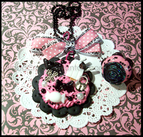 .x.Gothic.Necklace.and.Ring.x. by BloodCross