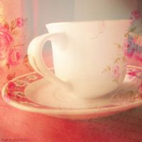 Tea time by Iulia-Oprinesc