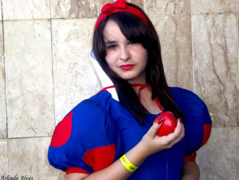 Snow White by ArlindoAlves