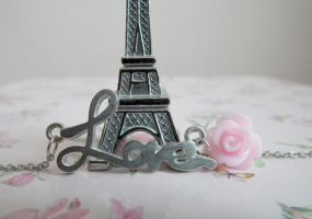 Paris love by Chriiiiss