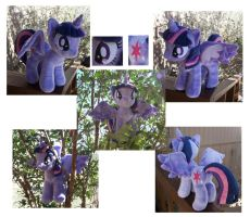 Princess Twilight Sparkle by Helgafuggly