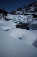 Frozen riverfall... by uberfischer