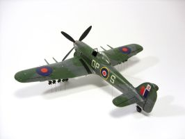 1:72 Hawker Typhoon VII by Zero-Cannard