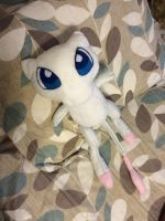 Mew plushie by Sweesse
