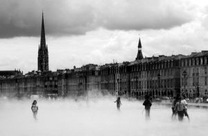 Bordeaux water mirror by mguer133