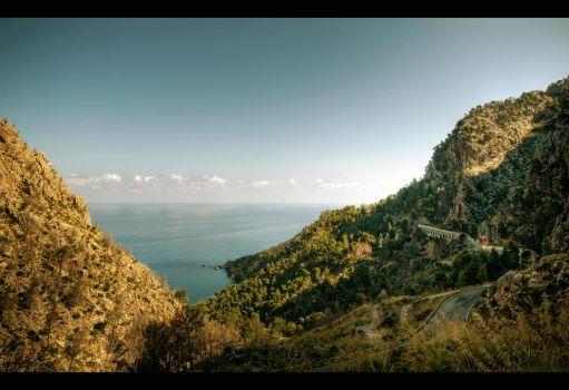 Enter the Tramuntana by Beezqp
