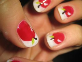 Apple Nails by verona9