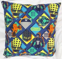Dr Who Pillow 2 by quiltoni