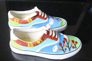 Custom painted Mario-themed shoes-side by methodmonkey