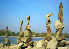 stone balance in hungary,budapest by tamas kanya by tom-tom1969