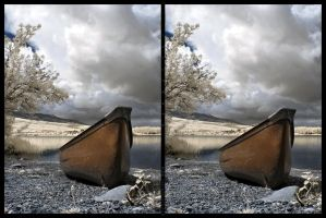 Canoe in stereo by tisbone