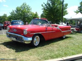 1957 Olds Super 88 by 426maxwedgie
