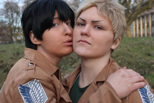 Reiner x Bertholdt by Bloodfool