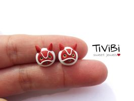 Princess Mononoke stud earrings by tivibi