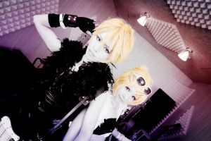 Len Kagamine_VOCALOID by AMPLE-COSPLAY