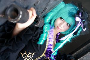 Vocaloid Sandplay - Miku by Xeno-Photography
