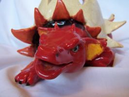 Dragon Egg Cup closeup by Spudnuts