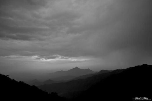 photo Waves of Mountains by Alhadi234