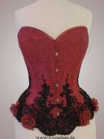 Red roses by v-couture-boutique