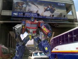 Optimus Prime in EDSA by transformersph