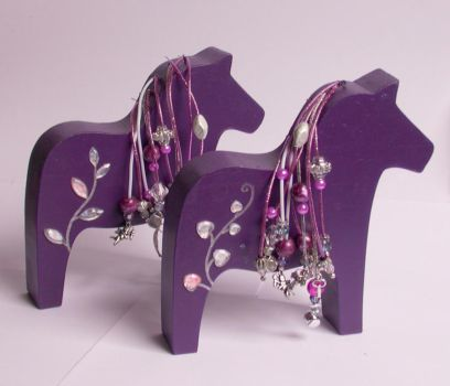 Customized Horses by kleeng