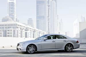Mercedes Benz CLS by TheCarloos