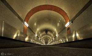 Hamburg Old Elbtunnel by Bull04