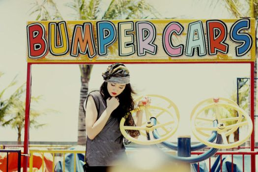 bumper cars by curlytops