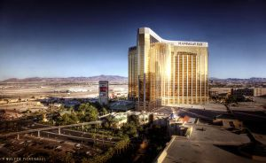 Mandalay Bay by colpewole
