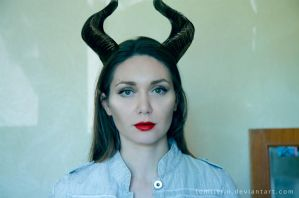 Maleficent Makeup by tomtitRin