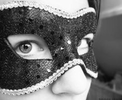 Le masque. by Glambition