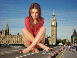 Mila Kunis Takes a HEAVY Seat in London! by Growthhh