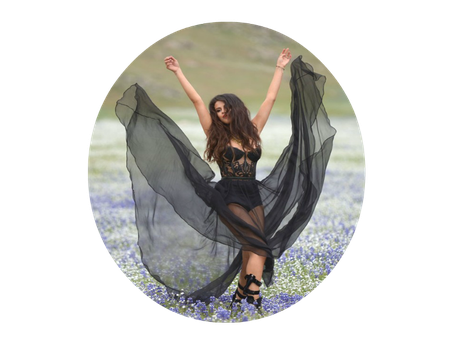 PNG circle Selena Gomez by JuulyCreations