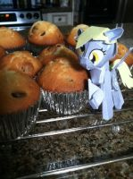 Derpy Muffins by HiddenZealot