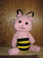 Bear Bee by Kit-the-Pyro