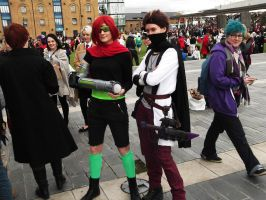 Rythian And Zoey cosplayers- MCM london by moonlightwolf578